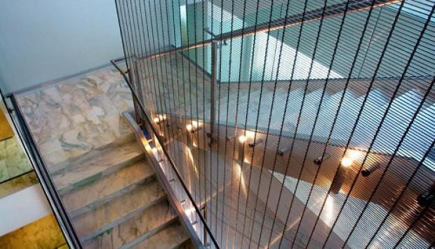 Ứng dụng cáp cầu thang inox 304 trong cuộc sống