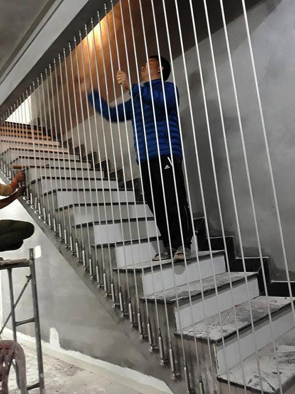 Thi công lắp đặt cầu thang dây cáp tại Mỹ Đình